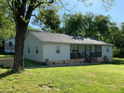 303 N WATER ST, Potosi, MO 63664 - Photo 1