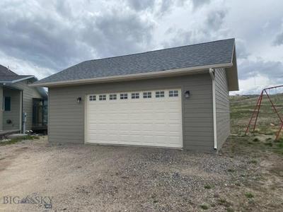 304 HATTIE LOOP, Butte, MT 59701 - Photo 2