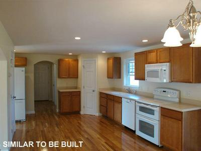7 COLINS MEADOW LN, Alfred, ME 04002 - Photo 2