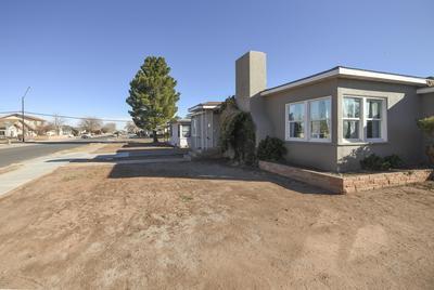 303 W MAHONEY ST, Winslow, AZ 86047 - Photo 2