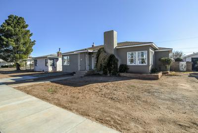 303 W MAHONEY ST, Winslow, AZ 86047 - Photo 1