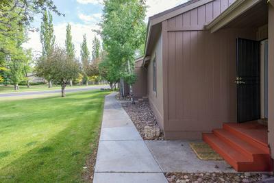 2836 N FAIRVIEW DR, Flagstaff, AZ 86004 - Photo 2