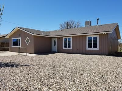 129 PIMA DR, Winslow, AZ 86047 - Photo 2