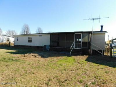 530 TAYLOR RD, Chocowinity, NC 27817 - Photo 2