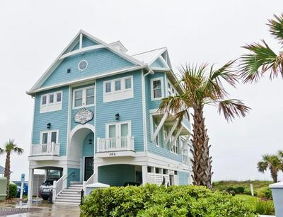 302 GLENN ST, Atlantic Beach, NC 28512 - Photo 1