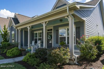 304 GORDON ST, Beaufort, NC 28516 - Photo 2