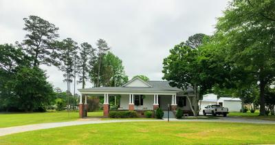 210 N 3RD ST, Pinetops, NC 27864 - Photo 2