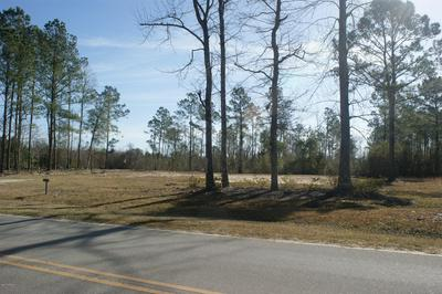 868 W FIRETOWER RD, Swansboro, NC 28584 - Photo 2