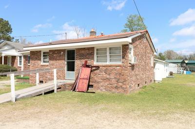 506 SLINGSBY ST, Elizabethtown, NC 28337 - Photo 1