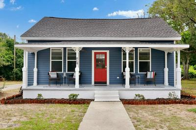 809 CLARENDON AVE, Southport, NC 28461 - Photo 1