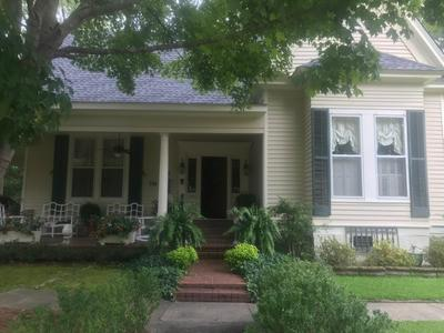 206 S HICKORY ST, Aberdeen, MS 39730 - Photo 1