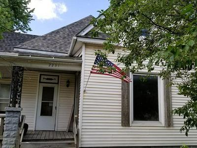 2231 STEVENS AVE, Parsons, KS 67357 - Photo 1