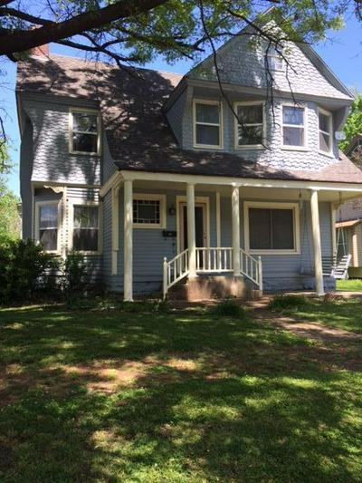 1731 MORGAN AVE, Parsons, KS 67357 - Photo 1