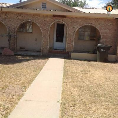 2419 MOUNTAIN VIEW DR, Carlsbad, NM 88220 - Photo 1