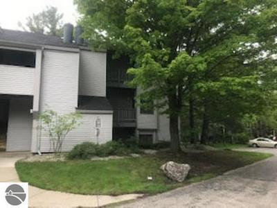 5716 N CREEKS XING # 147, Williamsburg, MI 49690 - Photo 2