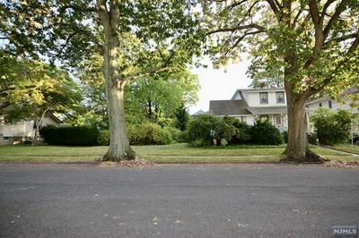 84 LEVITT AVE, BERGENFIELD, NJ 07621 - Photo 1