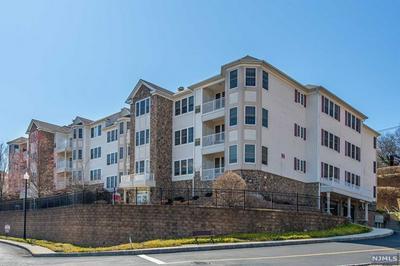 1103 GATHERINGS DR, HALEDON, NJ 07508 - Photo 1