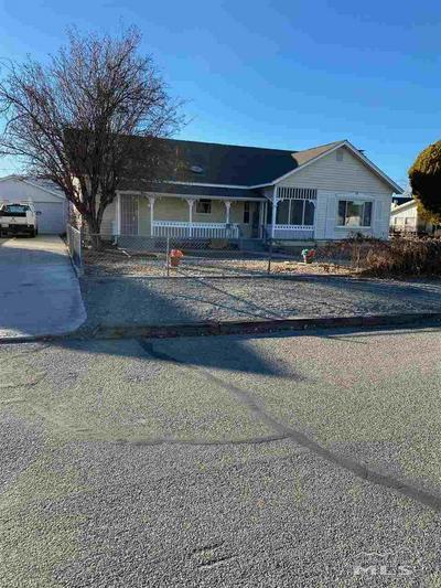 125 S NEVADA ST, Yerington, NV 89447 - Photo 1