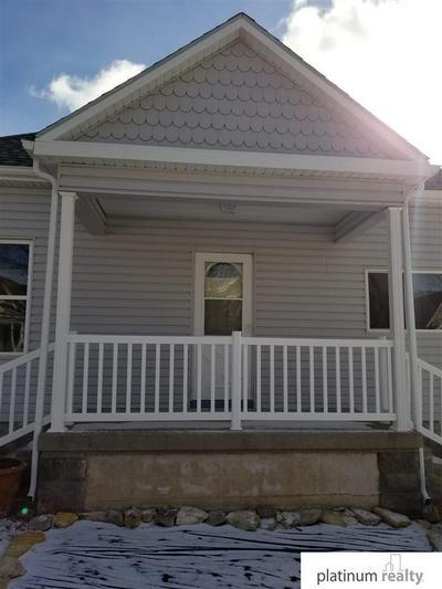 714 8TH ST, Fairbury, NE 68352 - Photo 2