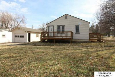 1521 11TH ST, Auburn, NE 68305 - Photo 2