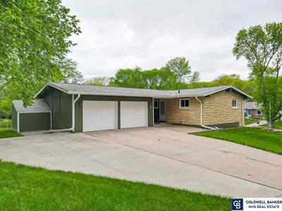 7401 DOTSON RD, Lincoln, NE 68505 - Photo 1
