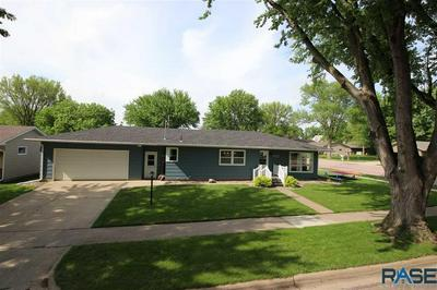 420 E WALNUT ST, Canton, SD 57013 - Photo 2