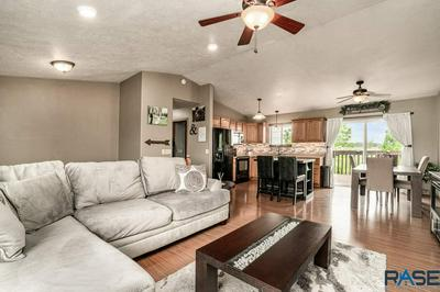 211 N LILY ST, Worthing, SD 57077 - Photo 2