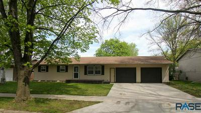 38 PARK LN, Canton, SD 57013 - Photo 2