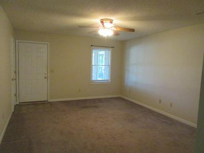 211 W HAMPTON AVE APT 6, Sumter, SC 29150 - Photo 2