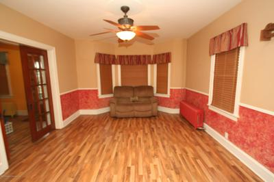 204 S VALLEY AVE, Olyphant, PA 18447 - Photo 2