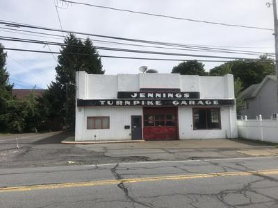 805 E DRINKER ST, Dunmore, PA 18512 - Photo 1