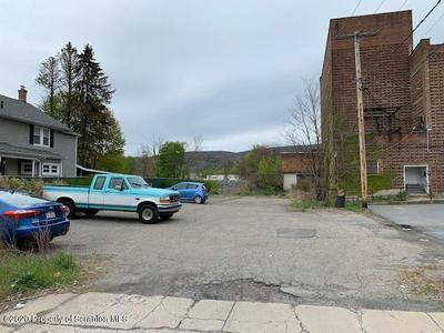 103 LACKAWANNA AVE, Olyphant, PA 18447 - Photo 2