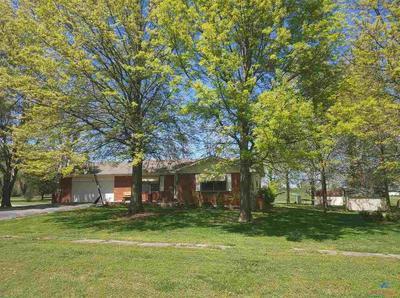 216 W 8TH ST, Montrose, MO 64770 - Photo 2