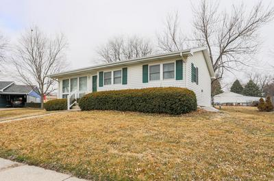 916 MAPLECREST DR, HARLAN, IA 51537 - Photo 2