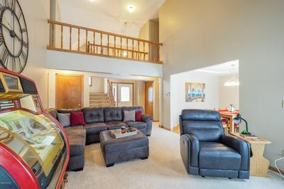 22514 DIAMOND COVE ST, Cassopolis, MI 49031 - Photo 2