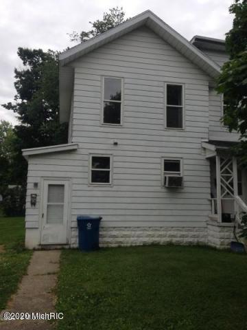 101 N MAPLE ST APT 1, Hartford, MI 49057 - Photo 1