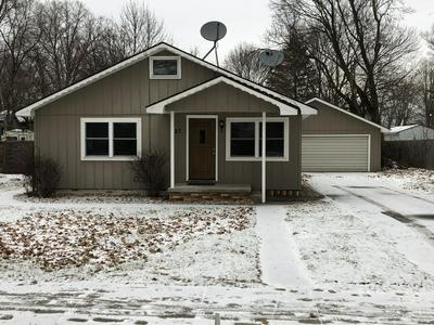 827 S LINCOLN AVE, Lakeview, MI 48850 - Photo 1