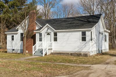 121 RANDOLPH ST, Bangor, MI 49013 - Photo 1