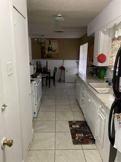 236 GREENWOOD AVE, Nash, TX 75569 - Photo 2