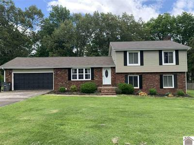 2117 BROOKHAVEN DR, Murray, KY 42071 - Photo 1