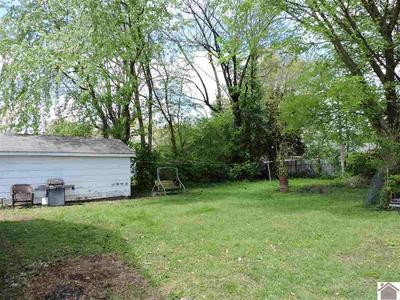 621 MAPLE AVE, Mayfield, KY 42066 - Photo 2