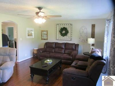 227 ORCHARD DR, Clinton, KY 42031 - Photo 2