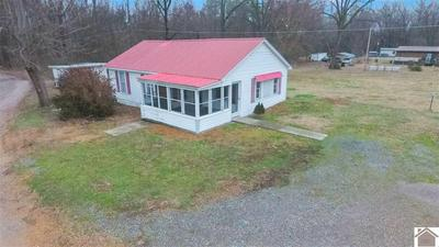 26 ROYAL OAKS LN, Gilbertsville, KY 42044 - Photo 2