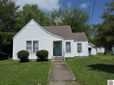 621 MAPLE AVE, Mayfield, KY 42066 - Photo 1