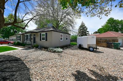 592 MAPLE ST, Clearfield, UT 84015 - Photo 2