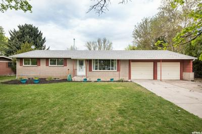 300 W, Hyrum, UT 84319 - Photo 1