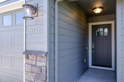 1041 6TH ST, Lyons, OR 97358 - Photo 2