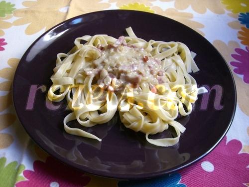 receta de tallarines al roquefort con bacón por arctarus