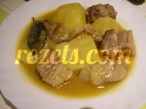 receta de patatas guisadas con costillas de cerdo por arctarus