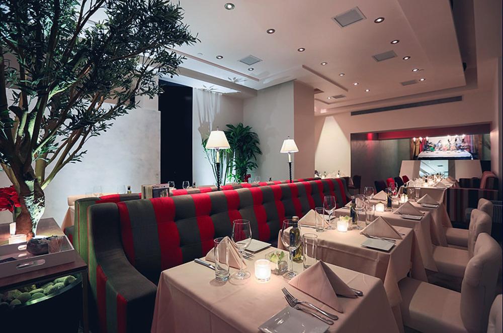 Xl_interior_main_dining